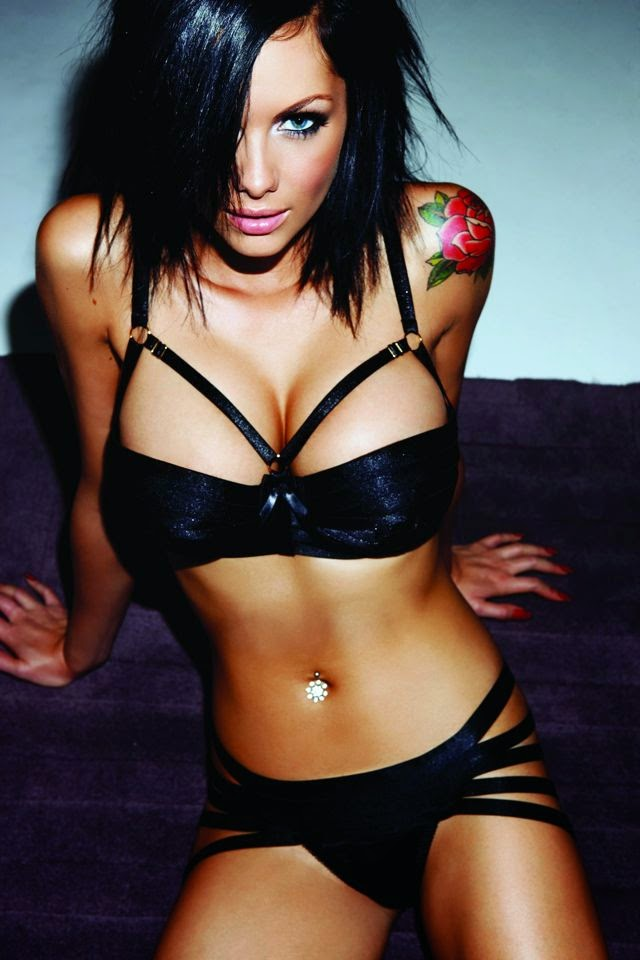 Jessica Jane Clement so Hot