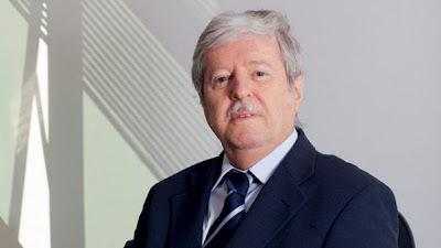 João Batista Araújo de Oliveira - Um Asno