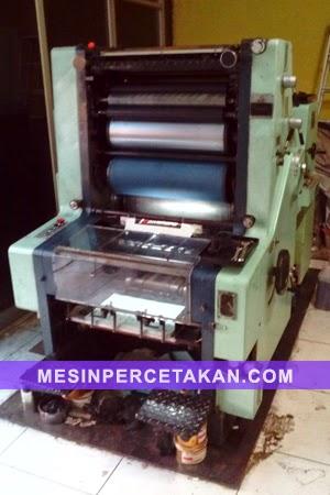 Mesin percetakan Sakurai Oliver 8