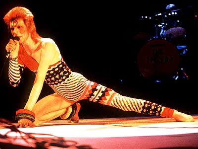 Clothing Fashions 1974 on Bowie In Both Britain And The United States Fashion From 1972 1974