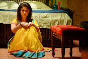 Anamika Movie Photos Gallery-thumbnail-9