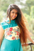 Avika Gor New Cute Stills-thumbnail-4