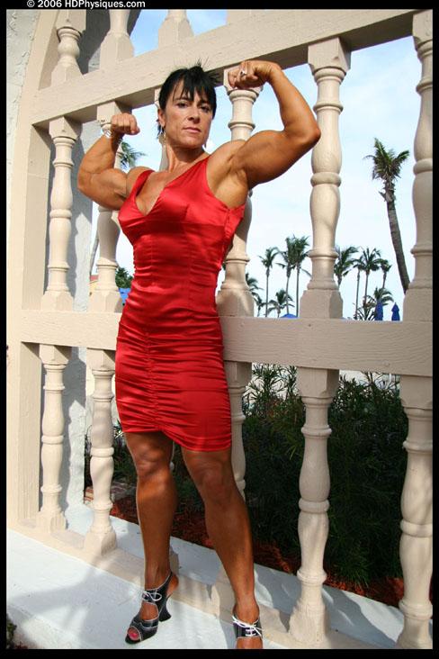Nursel Gurler Female Muscle Bodybuilder Blog HDPhysiques