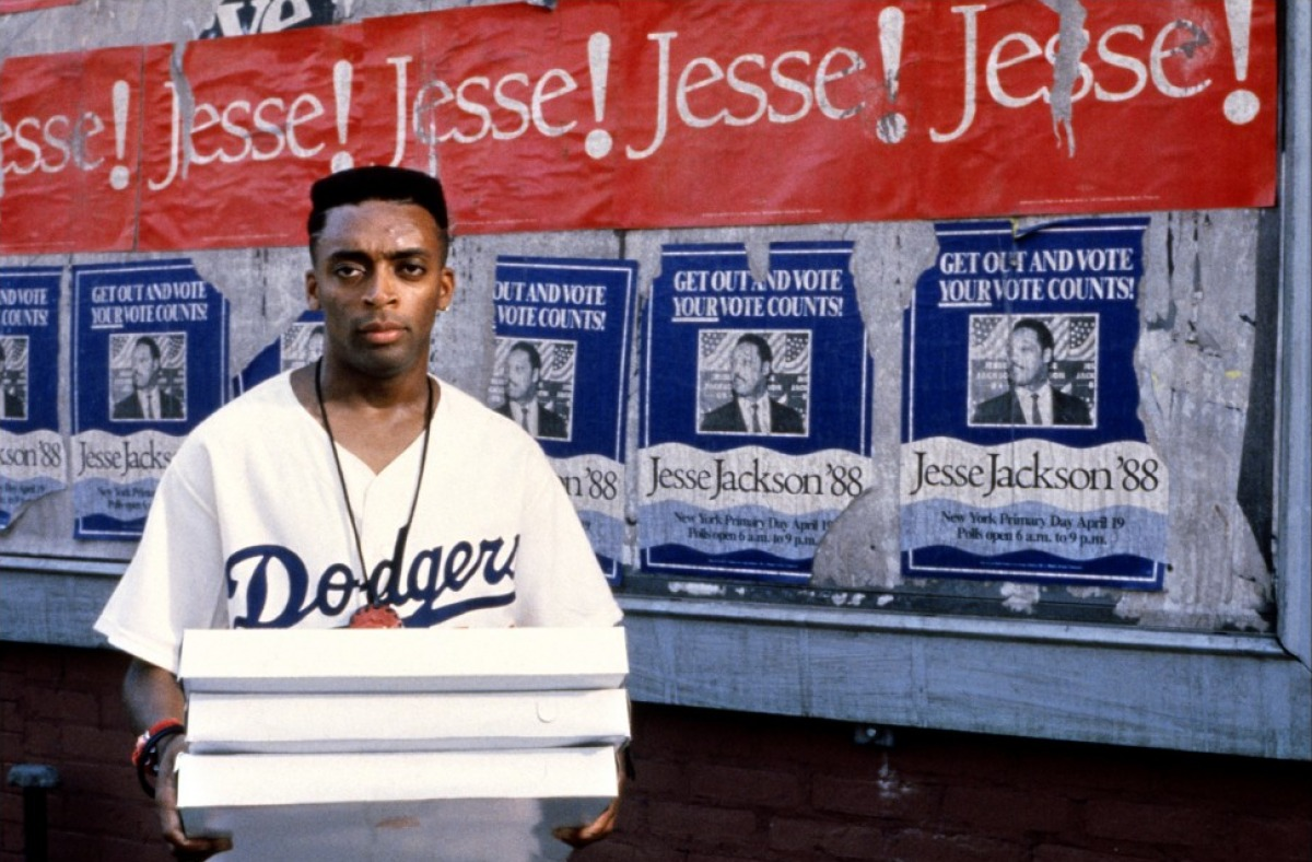film analysis clockers directed by spike lee Clocker is slang for the lowest level of drug dealer, selling round the clock the movie, clockers, directed by spike lee, tells the harrowing story of two brooklyn.