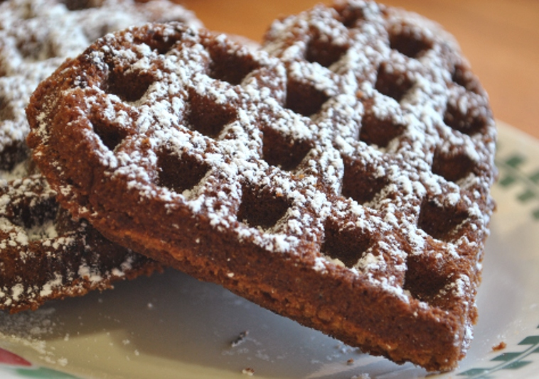 Young Homemakers: Recipe Find: Chocolate Waffles!
