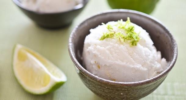 Deliciosa e refrescante receita de sorvete de limão