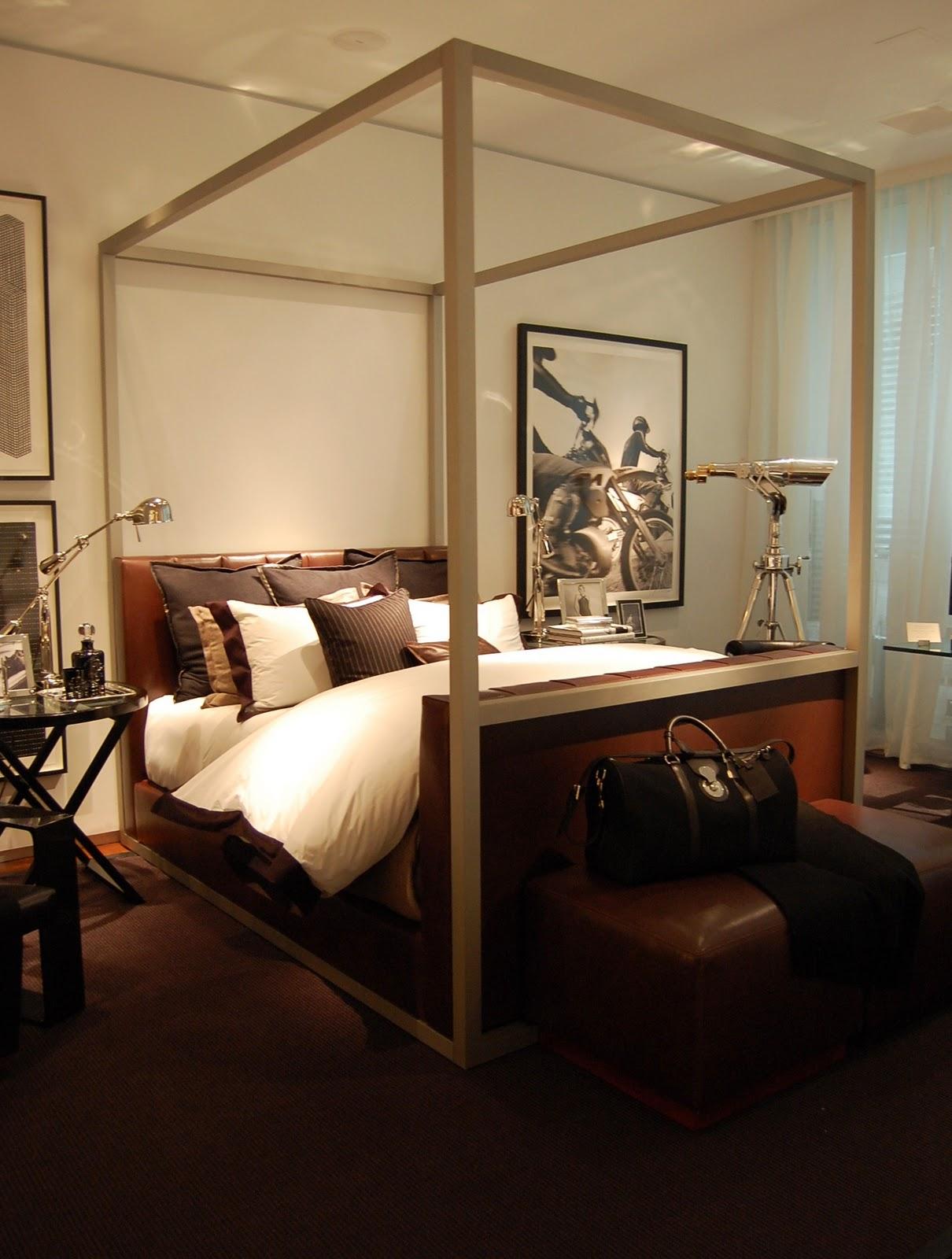 paisley curtain another episode of ralph lauren interiors. Black Bedroom Furniture Sets. Home Design Ideas