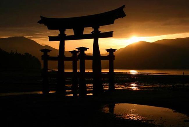Torii gate, Honshu