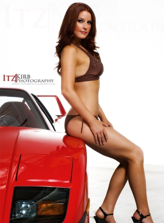 Ferrari F40 With Sexy Models By ItzKirb Photography gassguzzler