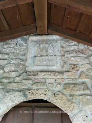 Escudo del monasterio de Santo Toribio