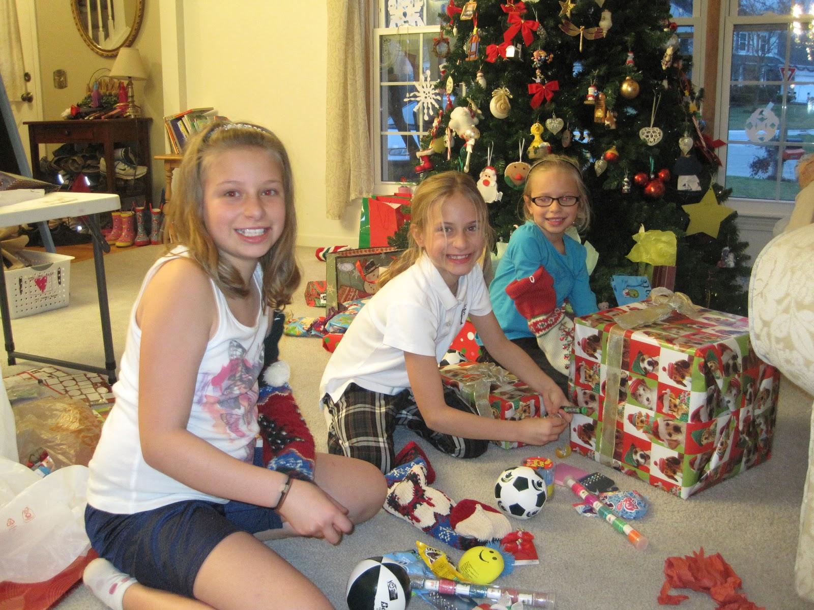 Katie-Megan-Jessica: Christmas!!