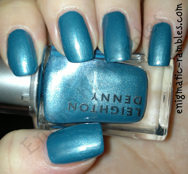 Swatch-Leighton-Denny-Two-Toned-Teal