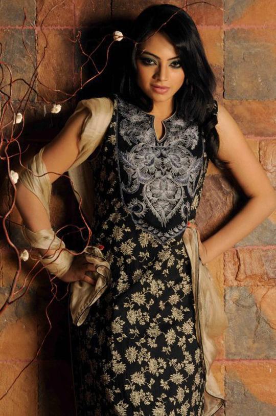 ishana's hot picture