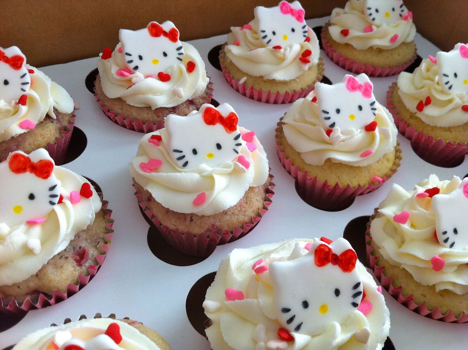 Naked Cupcakes Hello Kitty Cupcakes Ii