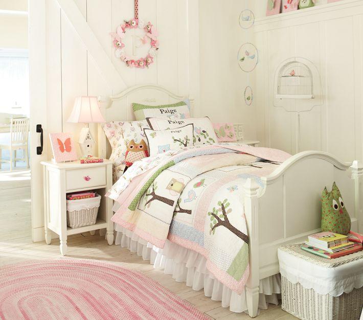 Hermosa habitaci n de ni a con vistosas camas de pottery - Decoracion habitacion infantil nina ...