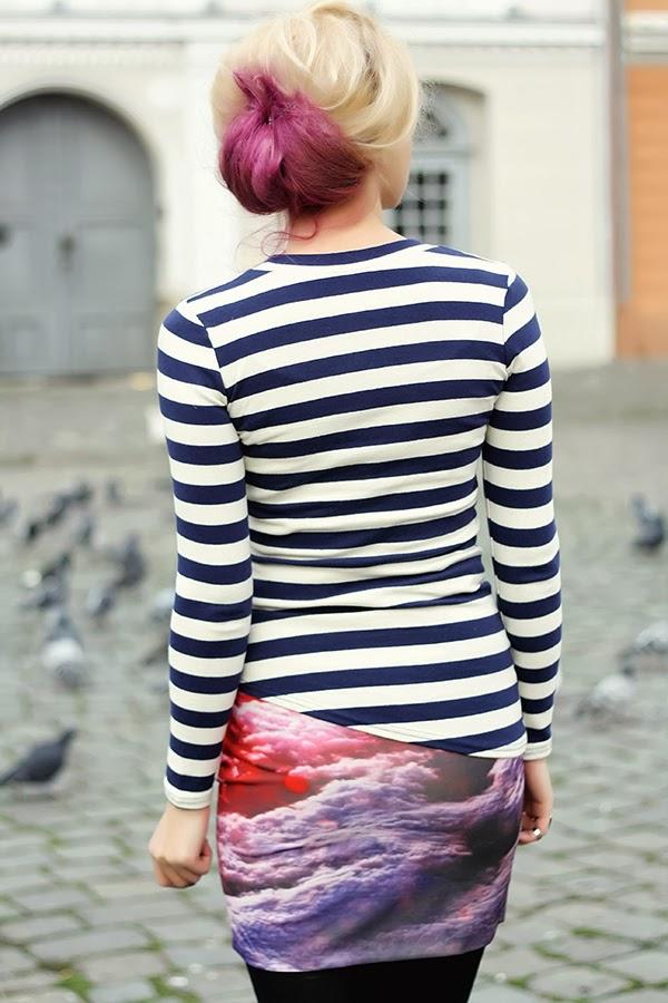 teased hair stripes sunset print