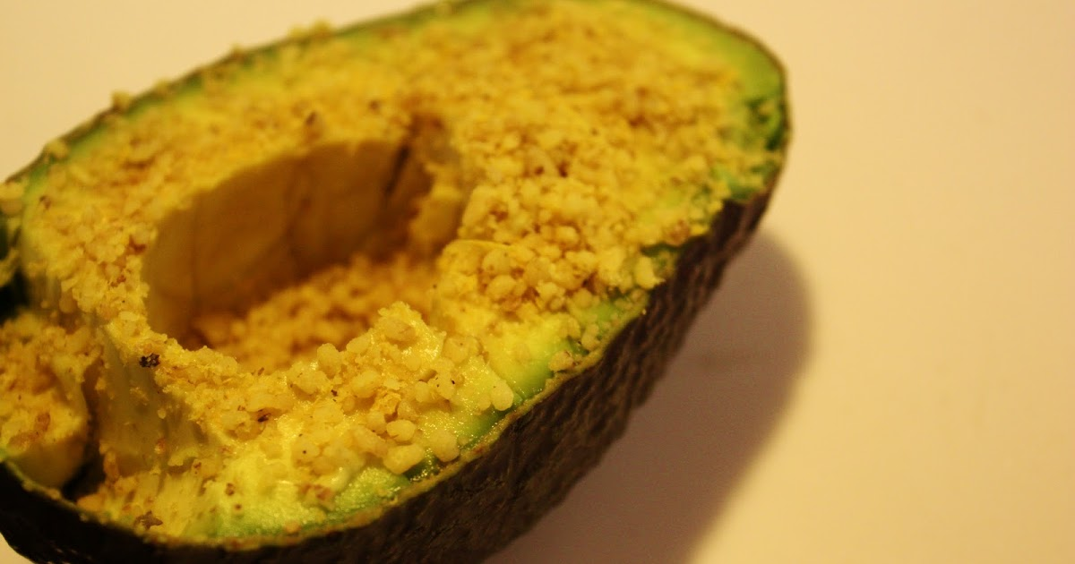 how to eat avocado at work