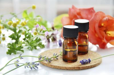 Image result for manfaat minyak lavender untuk kecantikan