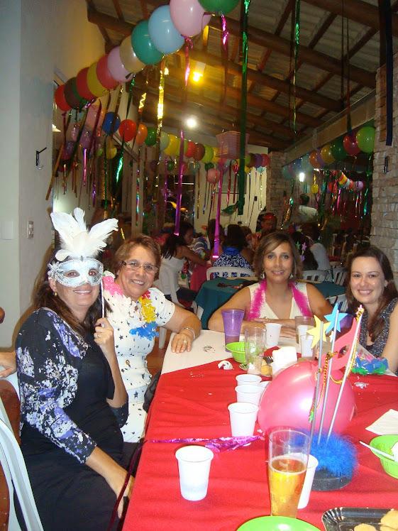 Renata, Lúcia, Rúbia e Ana Carolina