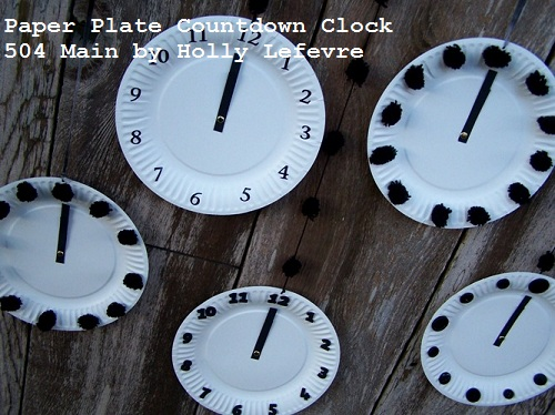 how to make a clock out of paper plates