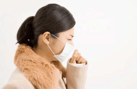 Orang yang sedang batuk