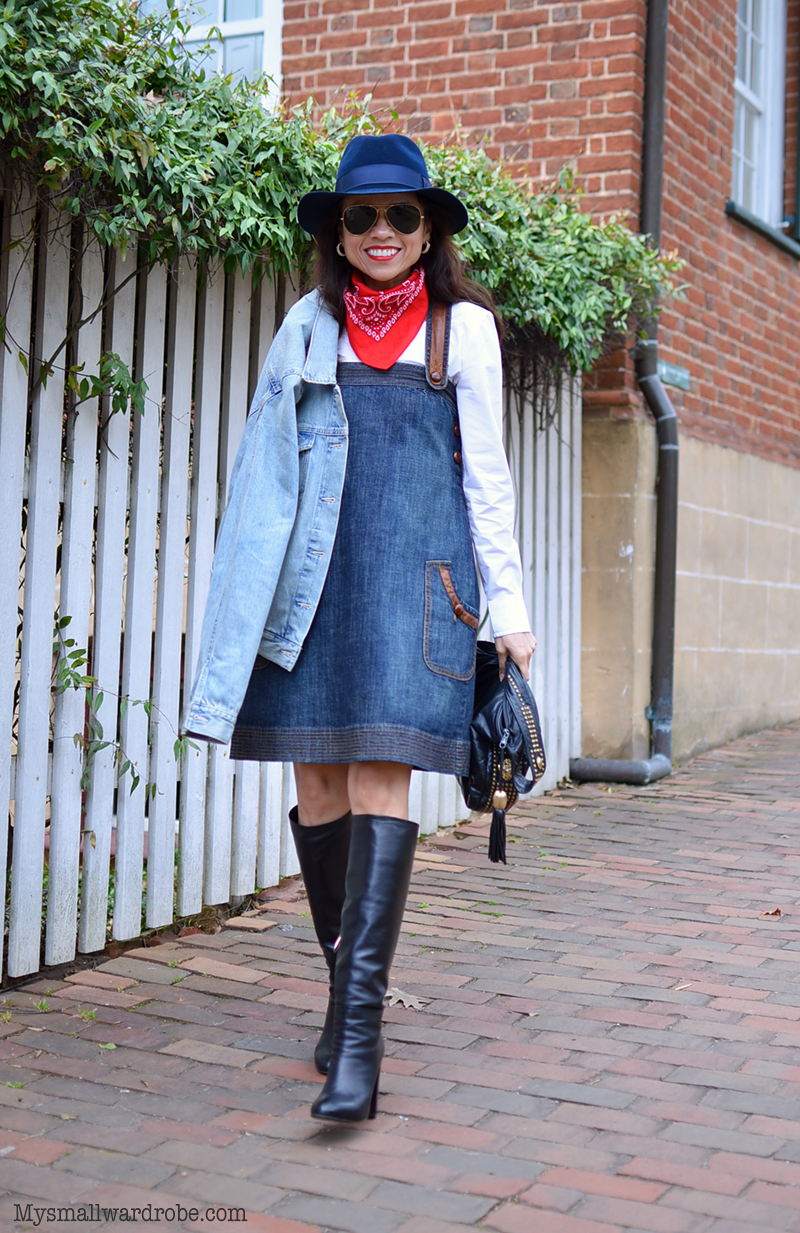 How to wear a pinafore dress