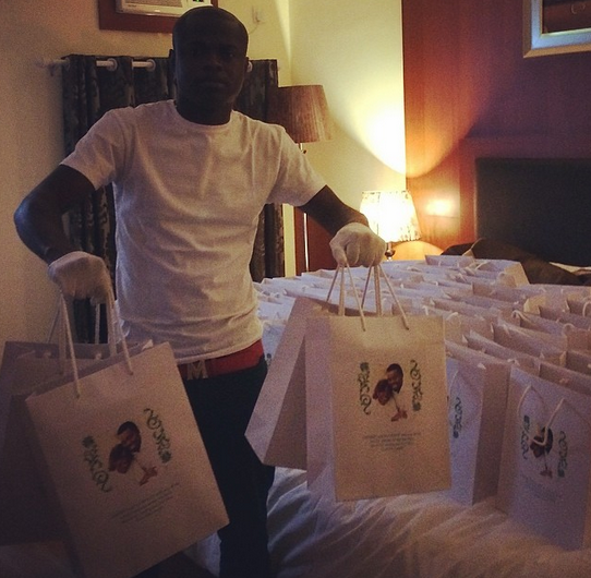 Goodluck Daughter Wedding Gift : ... Customised iphones given as gifts at Jonathan s Daughter s wedding