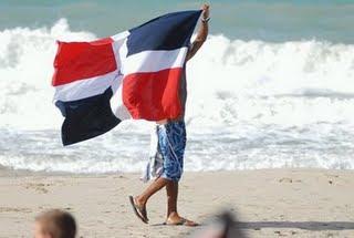 Reafirma tu Dominicanidad,y saca tu Bandera