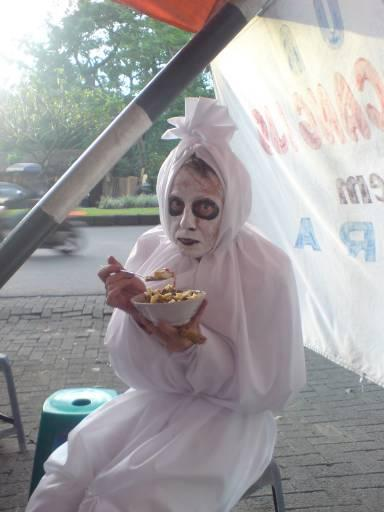 Gambar Hantu Pocong