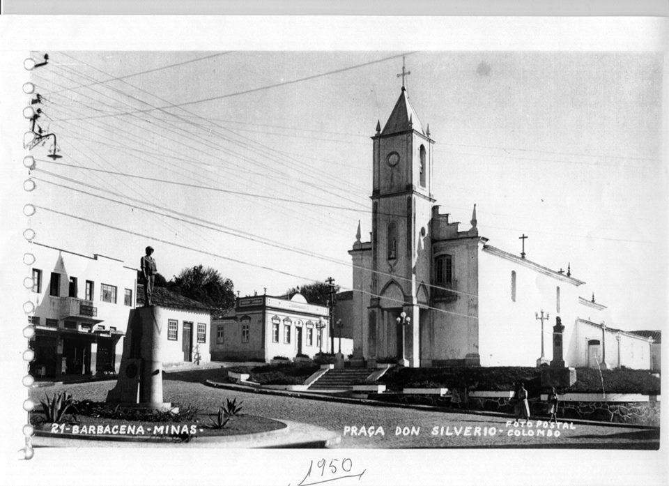 Igreja de NS do Rosario de Barbacena MG- Praça Dom Silvério