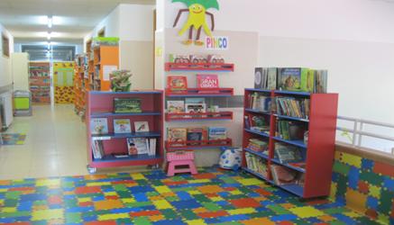 Biblioteca, 1º andar.