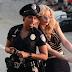 "Iggy Azalea é presa no clipe de ""Trouble"""