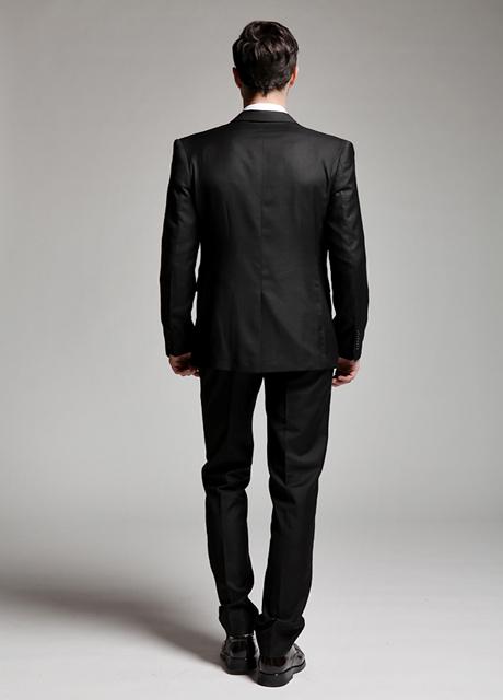 tailored suit,black suit