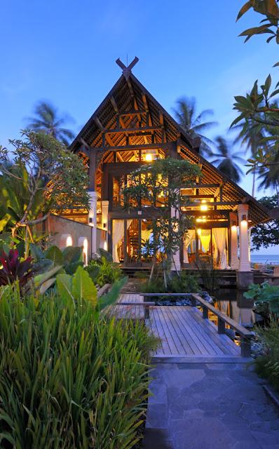 Puri-Ikan-4-Jasri-Beach-Villas-in-Bali
