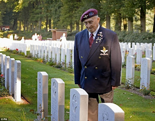 http://www.dailymail.co.uk/news/article-2771728/Seventy-years-Arnhem-never-forgotten-debt-thousands-British-Polish-soldiers-gave-lives-ill-fated-Allied-plan-deliver-final-blow-Hitler.html