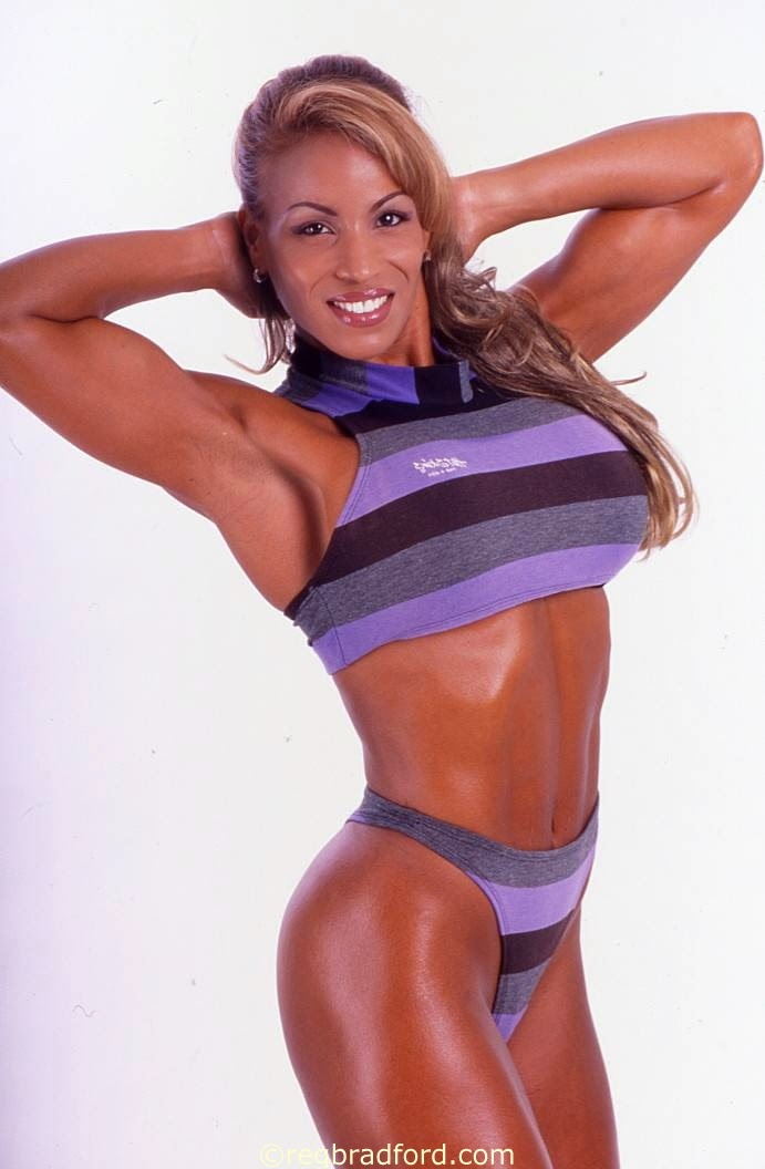 Grace Rivera - Fitness Competitor