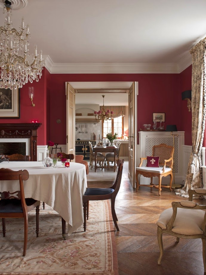 Portobello design belgian pearls greet lef vre living for Deco salle a manger blanc et rouge