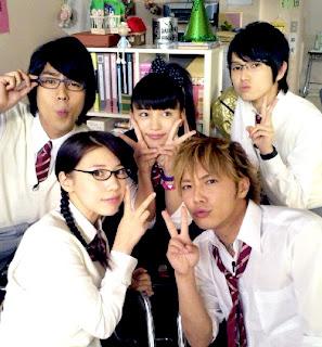 Yankee-kun_to_Megane-chan