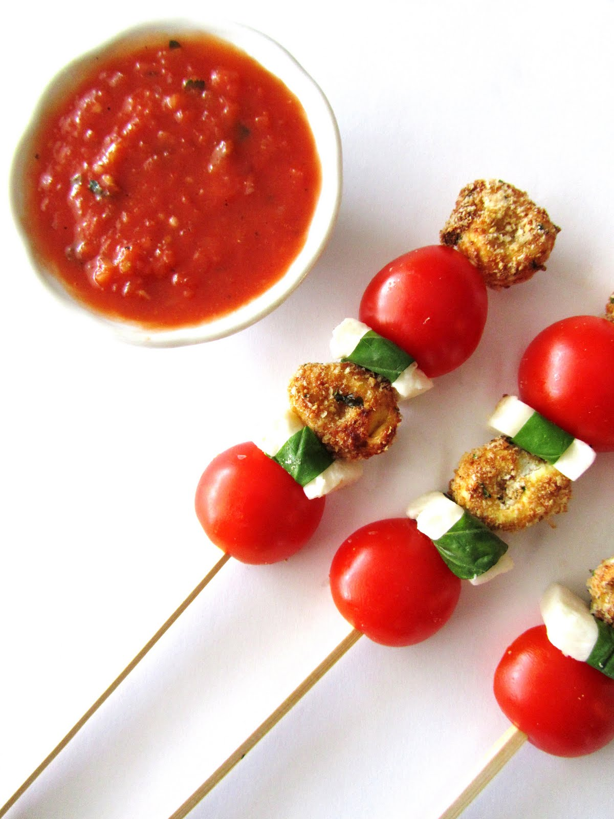Caprese+skewers+with+balsamic+reduction