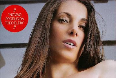 Fotos de valeria degenaro posando desnuda en revista for Revistas argentinas de farandula