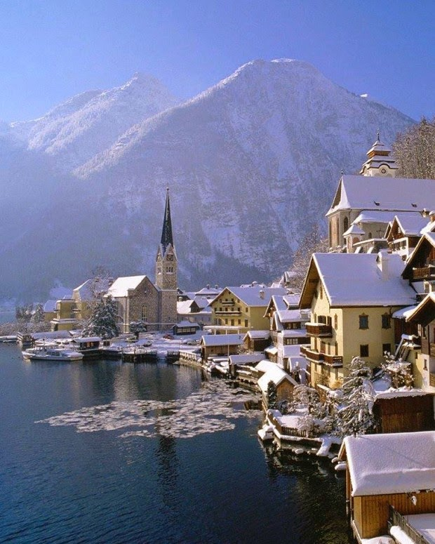 Places To Travel In December 2015: 10 Snowy Photos Of Winter Wonderland