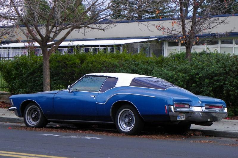 Attirant San Jose Street Sighting   1972 Buick Riviera