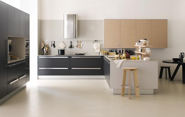 Cocinas color gris y blanco italianas ideas para decorar for Cocinas italianas equipadas