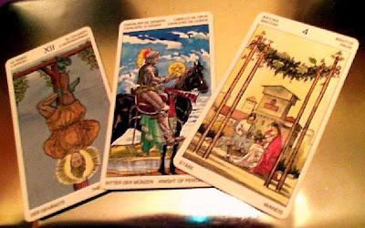 Tirada de tres cartas para Leo- Diciembre 2012