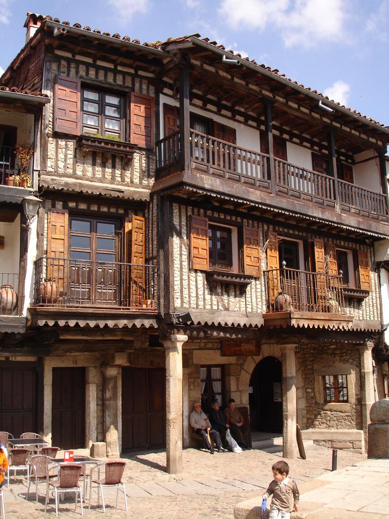 Blog de academia berceo salamanca spanish courses in for Alberca pueblo de salamanca
