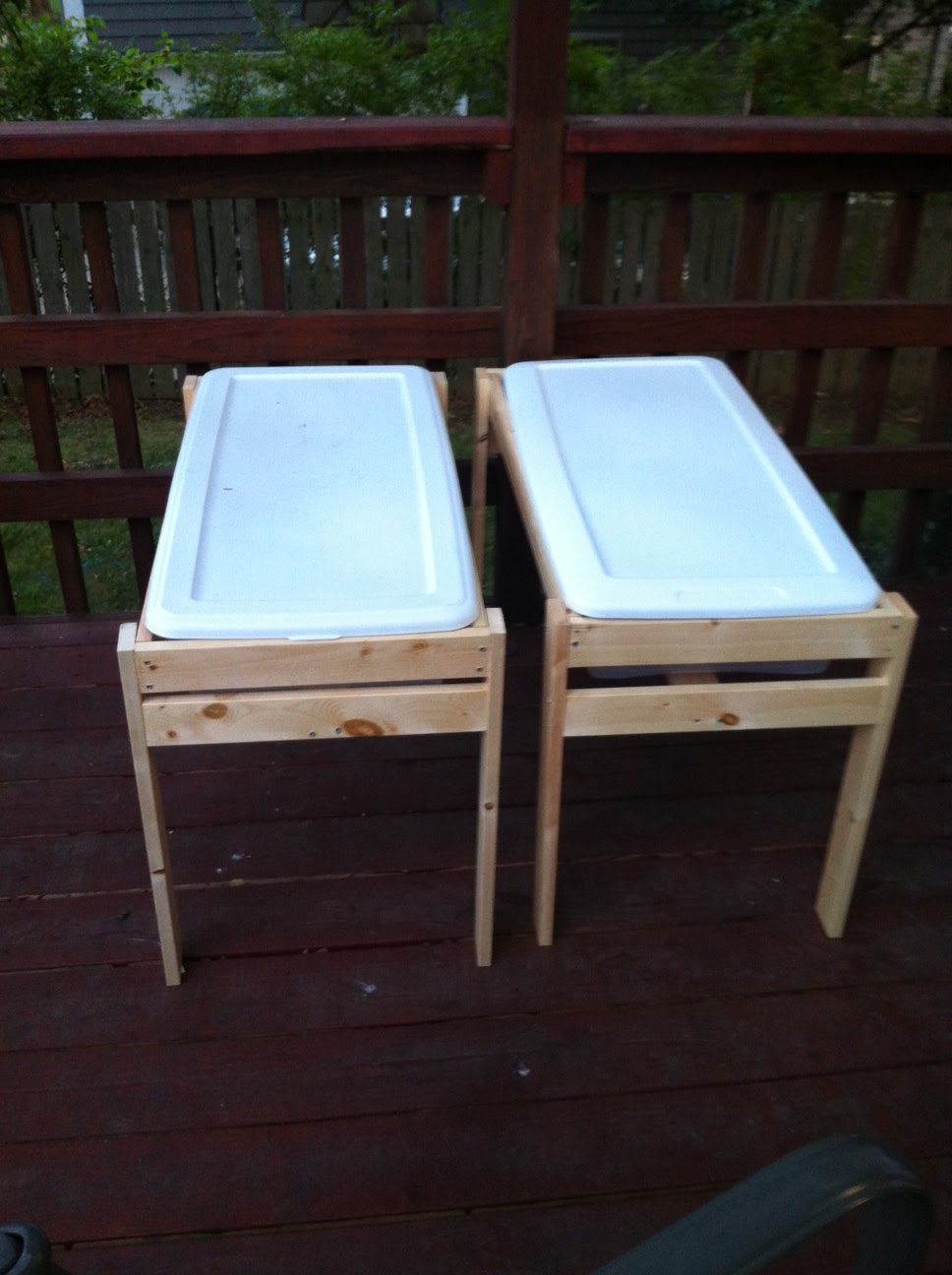 Make at home momma diy water sand tables for Diy sand and water table pvc