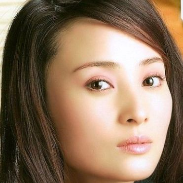 Jiang Qinqin HD Wallpapers Free Download