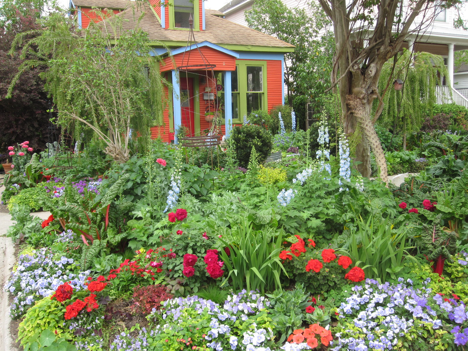 The Other Houston Best Bungalow Garden Award Spring
