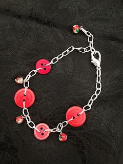 Armband, knappar, pärlor smycken