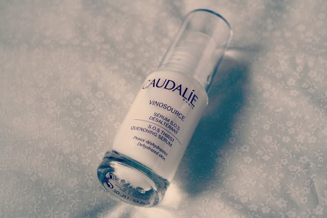 Caudalie-Vinosource-SOS-Thirst-Quenching-Serum-review-blog-post